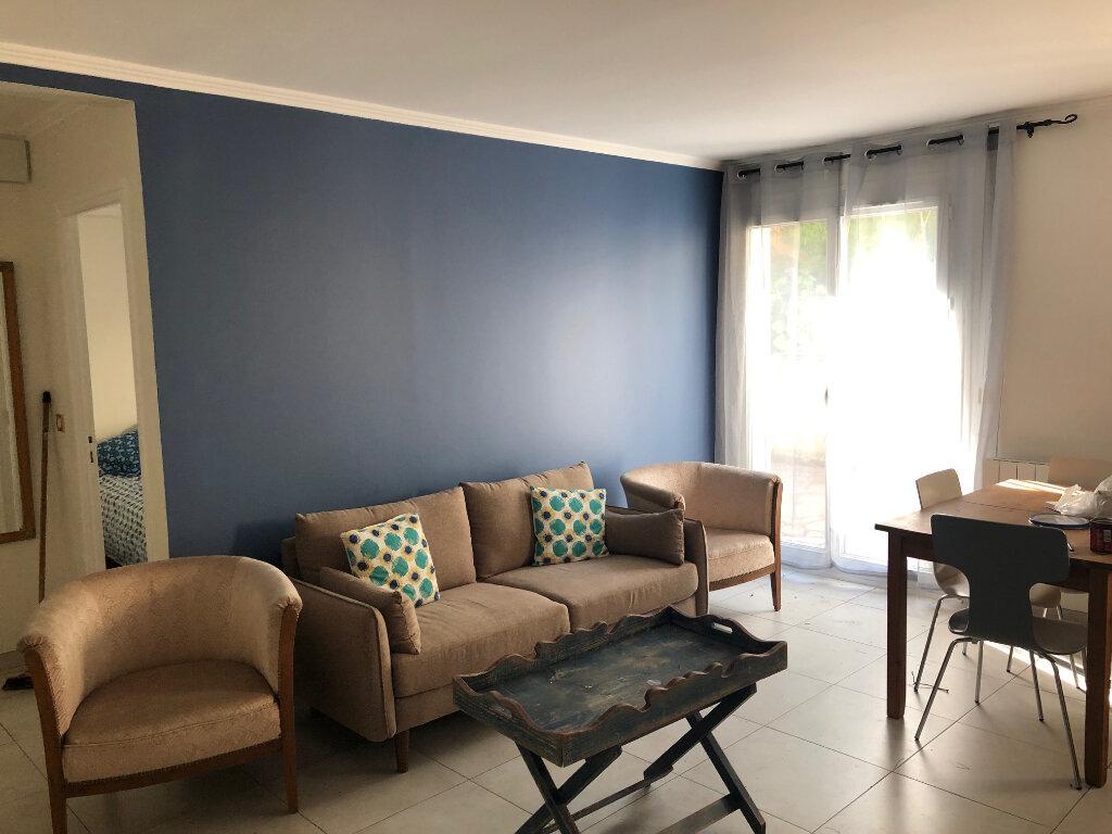 Appartement à louer 2 42.35m2 à Bures-sur-Yvette vignette-2