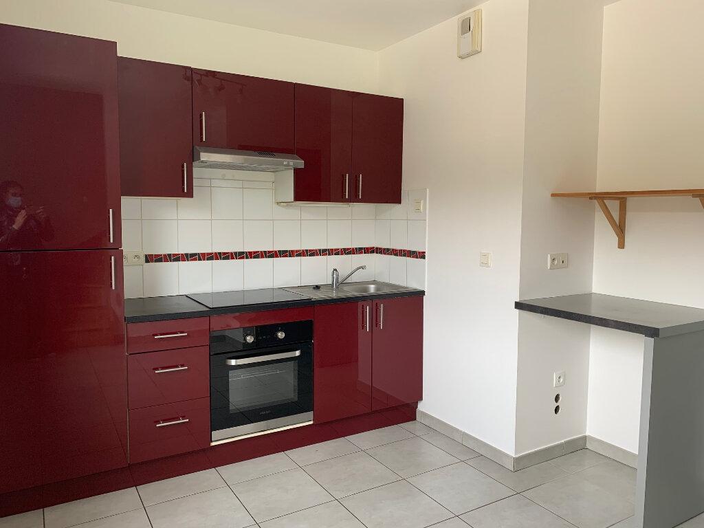 Appartement à louer 3 58.9m2 à Bures-sur-Yvette vignette-1