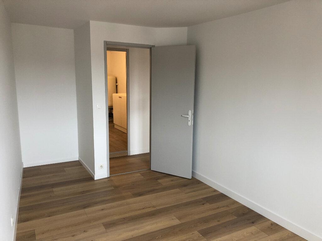 Appartement à louer 2 50m2 à Orthez vignette-3