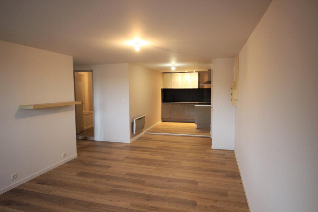 Appartement à louer 2 50m2 à Orthez vignette-11