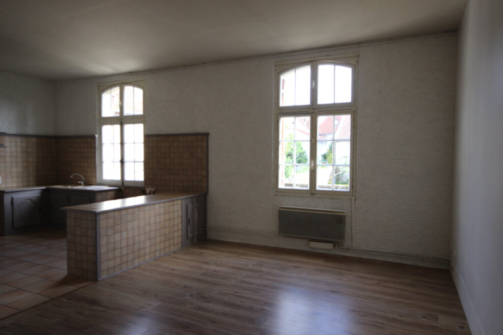 Appartement à louer 4 91m2 à Orthez vignette-3