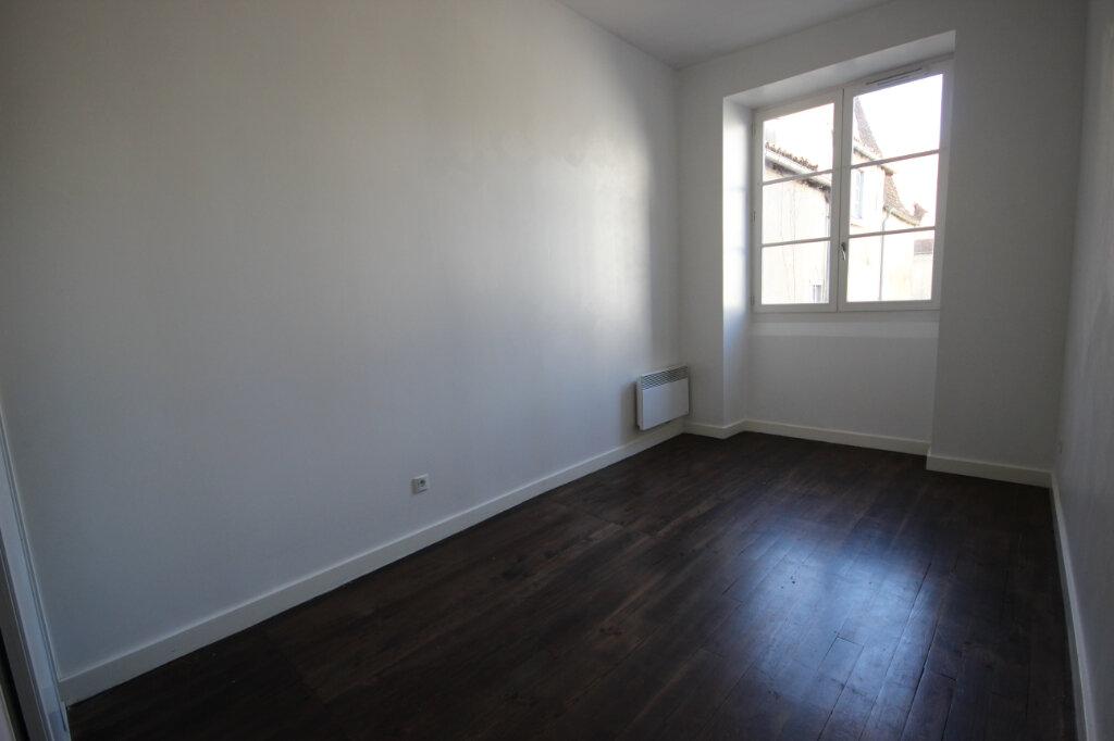 Appartement à louer 3 75m2 à Orthez vignette-4