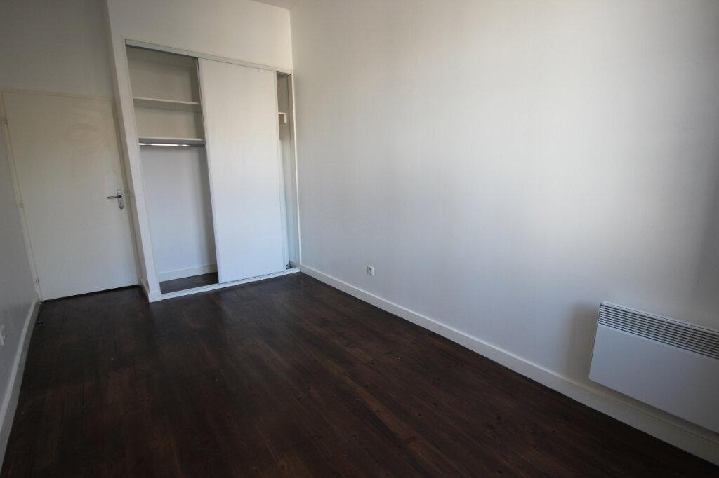 Appartement à louer 3 75m2 à Orthez vignette-5