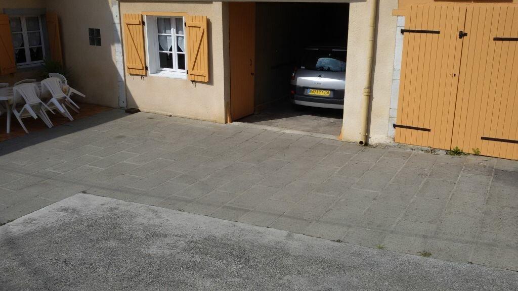Maison à louer 3 80m2 à Ozenx-Montestrucq vignette-9