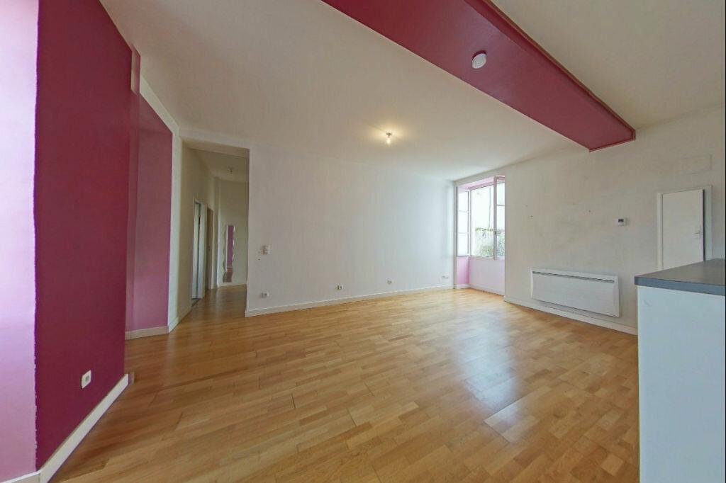 Appartement à louer 3 82m2 à Orthez vignette-1