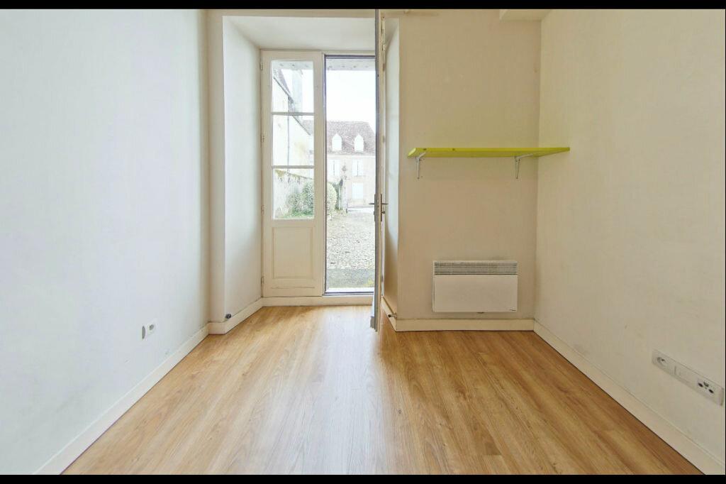 Appartement à louer 3 82m2 à Orthez vignette-4