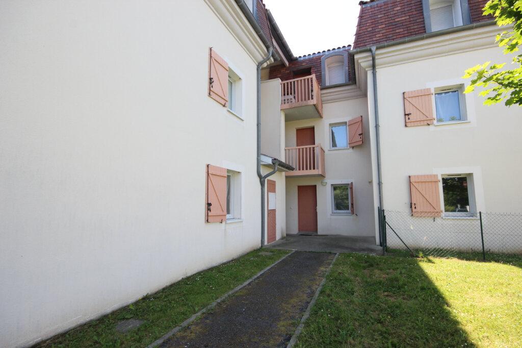 Appartement à louer 3 64m2 à Orthez vignette-1