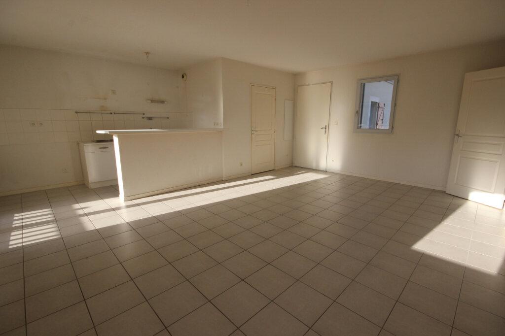 Appartement à louer 3 64m2 à Orthez vignette-2