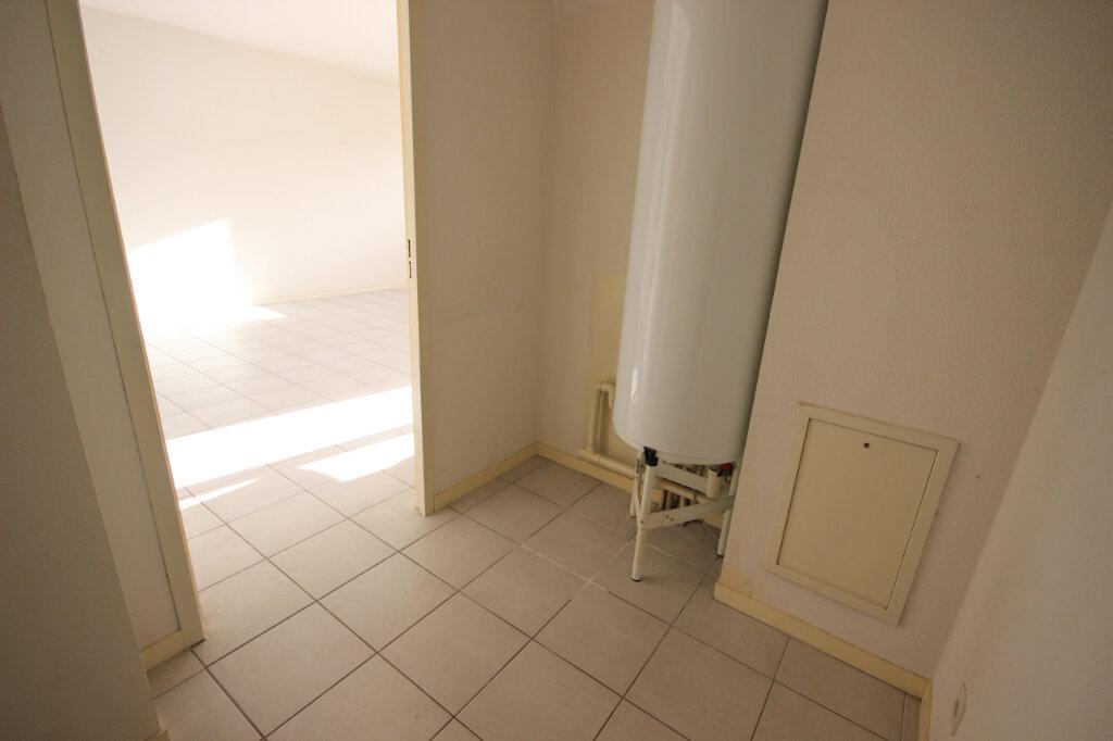 Appartement à louer 3 64m2 à Orthez vignette-5