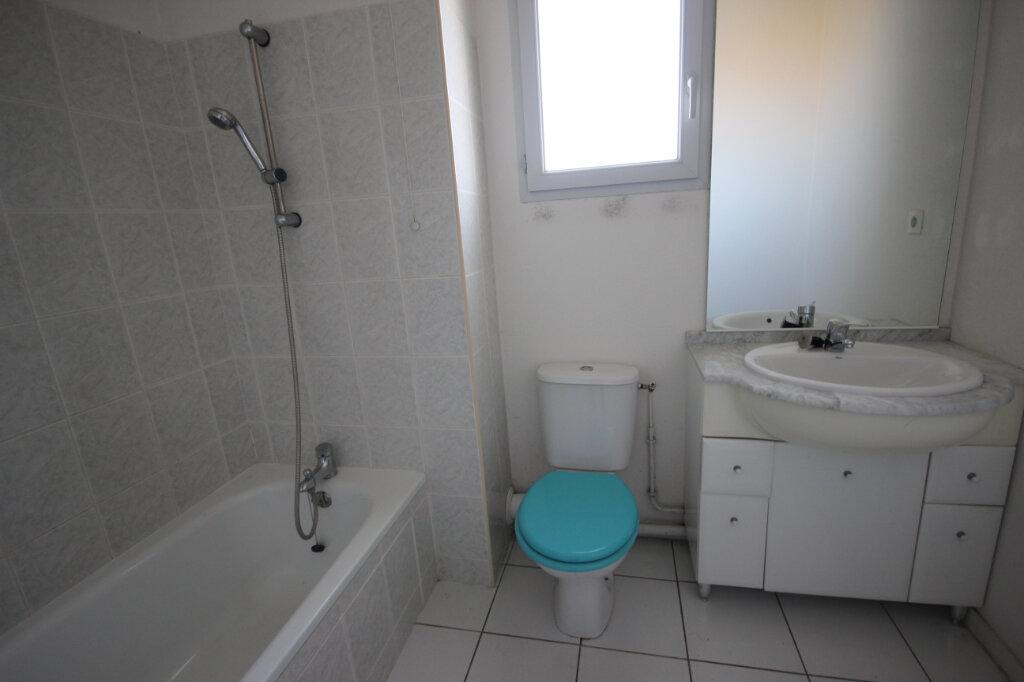 Appartement à louer 3 64m2 à Orthez vignette-6