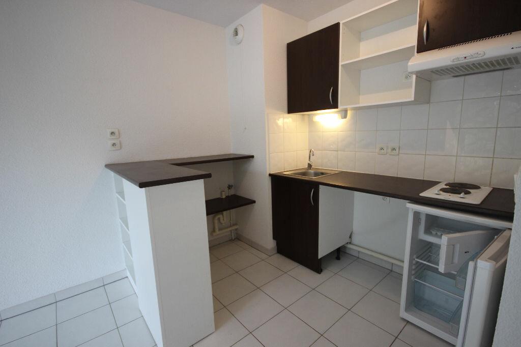 Appartement à louer 2 38m2 à Orthez vignette-2