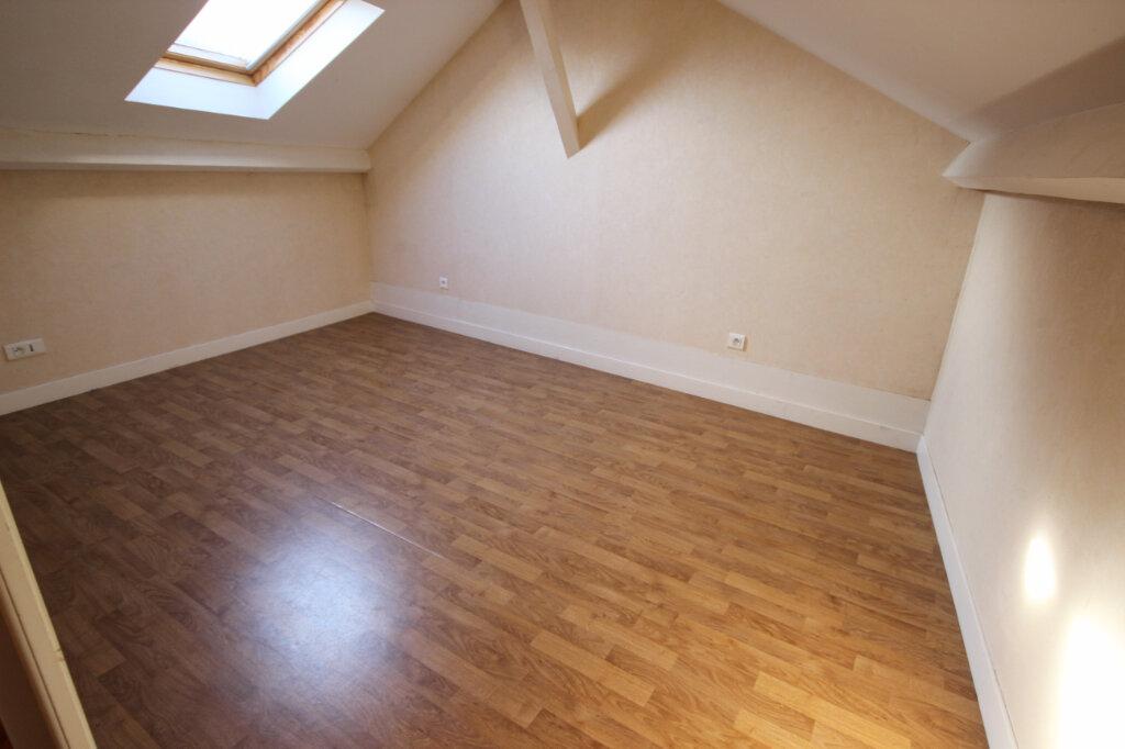 Appartement à louer 3 65m2 à Orthez vignette-6