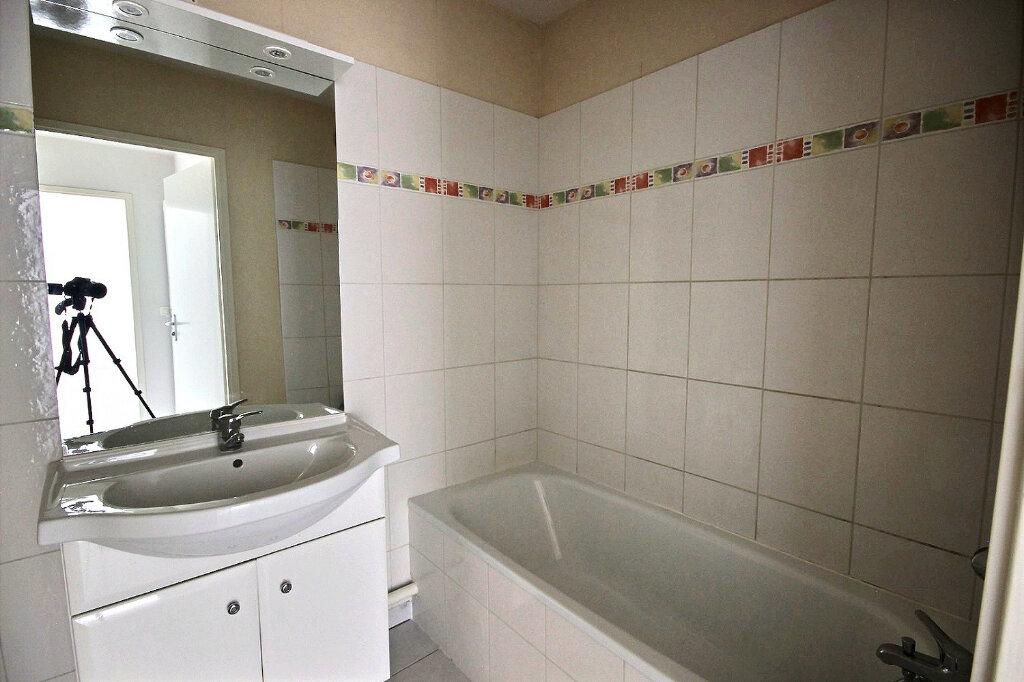 Appartement à vendre 2 48.19m2 à Orthez vignette-8