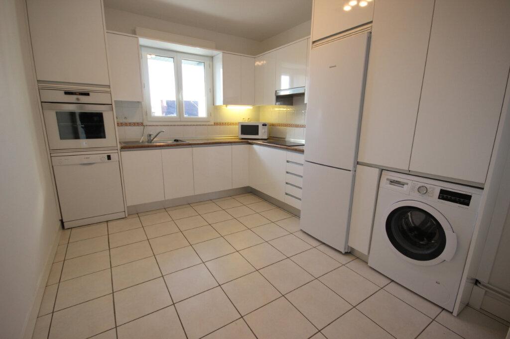 Appartement à louer 2 49m2 à Orthez vignette-1