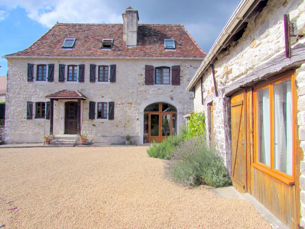 Maison à vendre 9 192m2 à Castetbon vignette-1