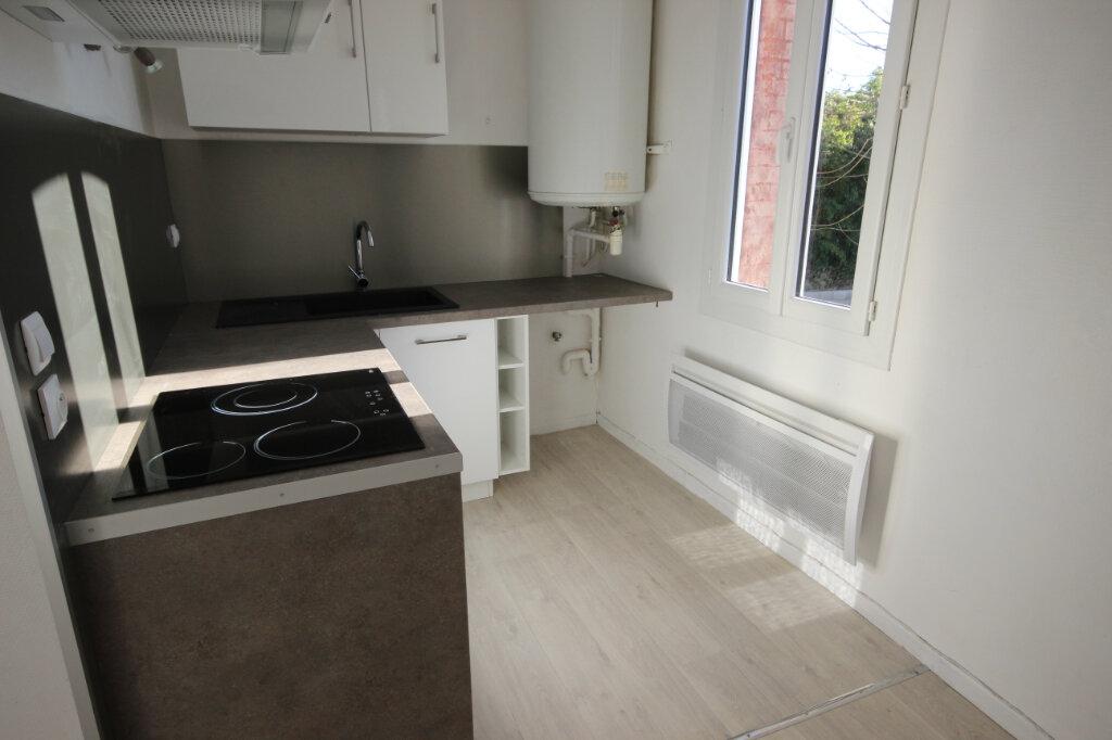 Appartement à louer 3 46m2 à Puyoô vignette-2