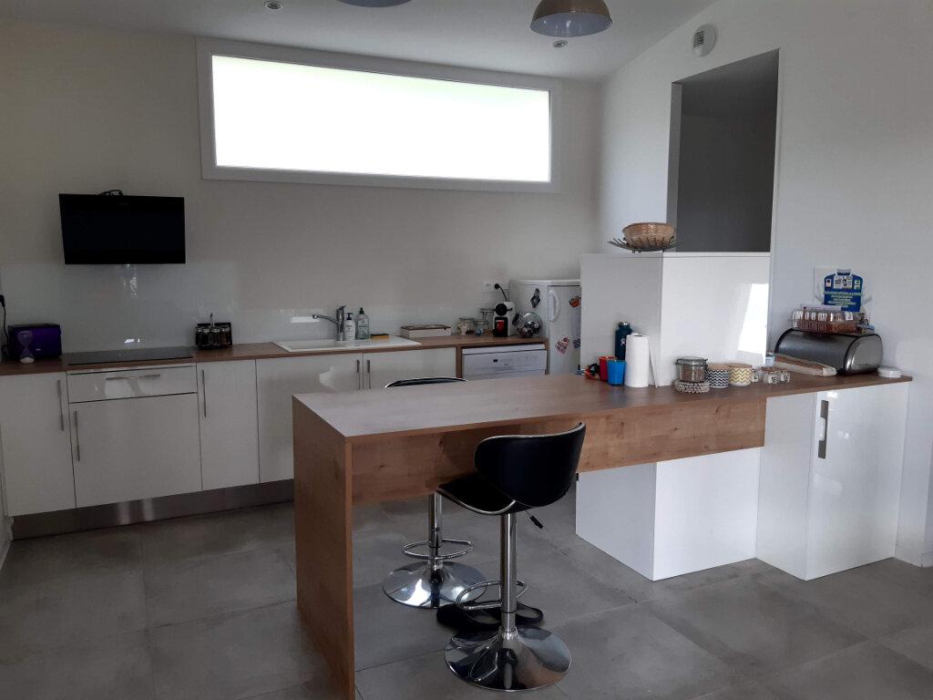 Maison à louer 4 90m2 à Argagnon vignette-1