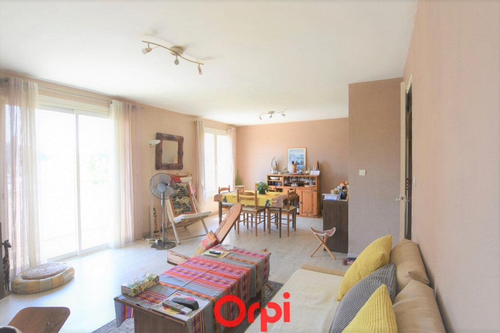Appartement à vendre 3 76.17m2 à Lunel vignette-3