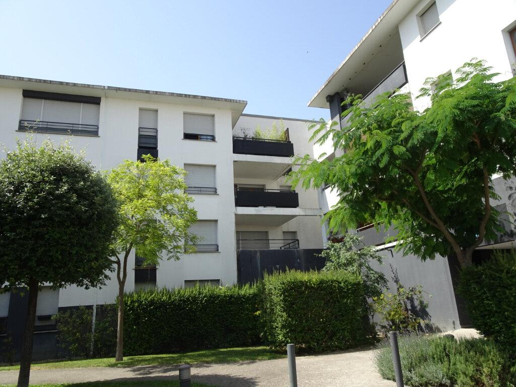 Appartement à louer 2 41.2m2 à Lunel vignette-1