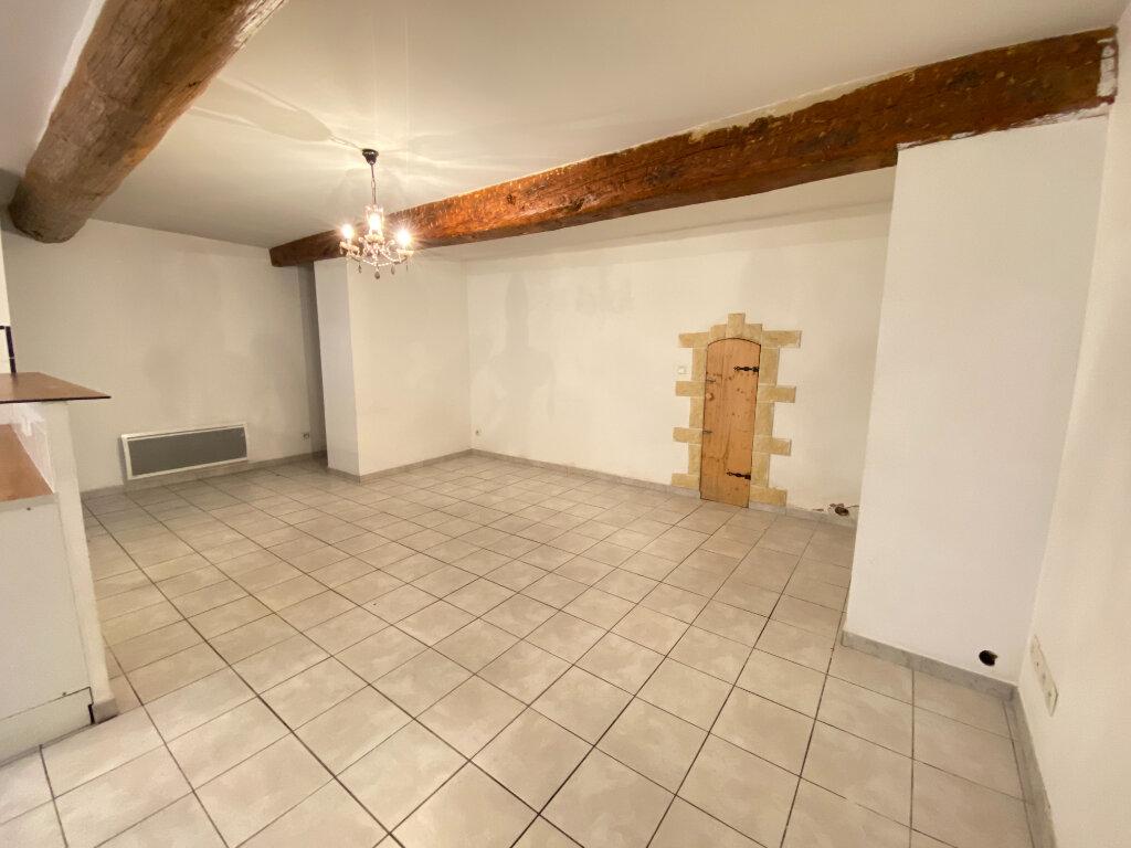 Maison à louer 4 92.84m2 à Vauvert vignette-1