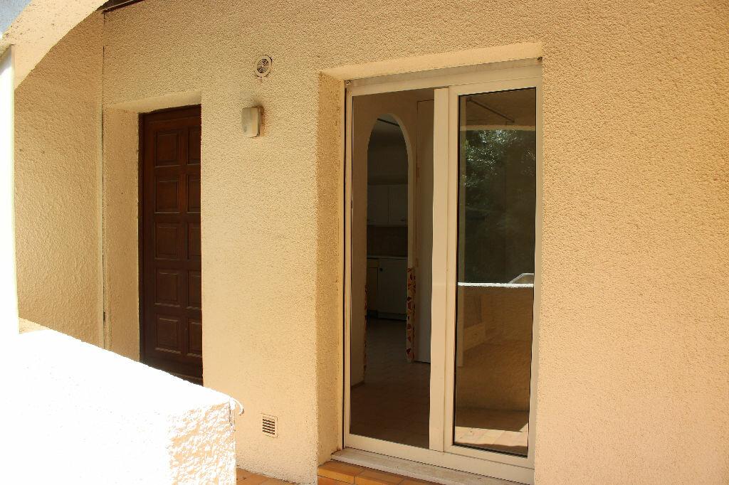 Appartement à louer 2 27.31m2 à Teyran vignette-2