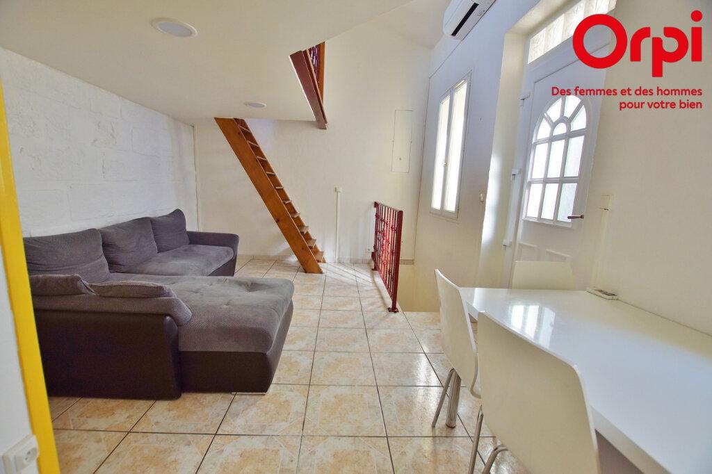 Appartement à louer 2 43.26m2 à Vauvert vignette-3