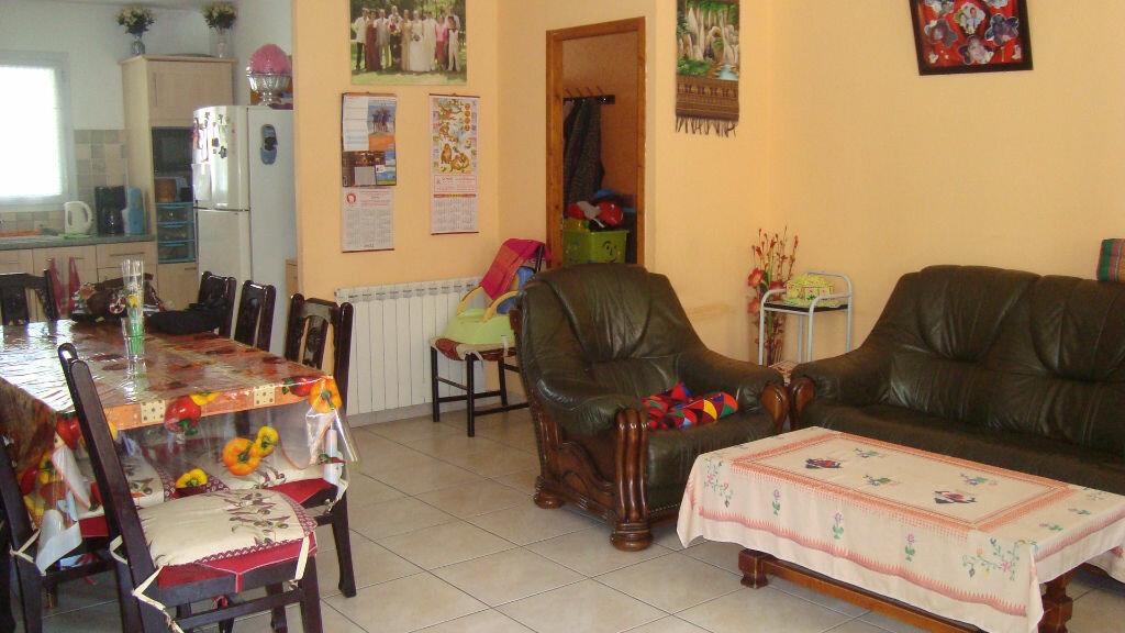Maison à louer 4 84.47m2 à Lunel-Viel vignette-5