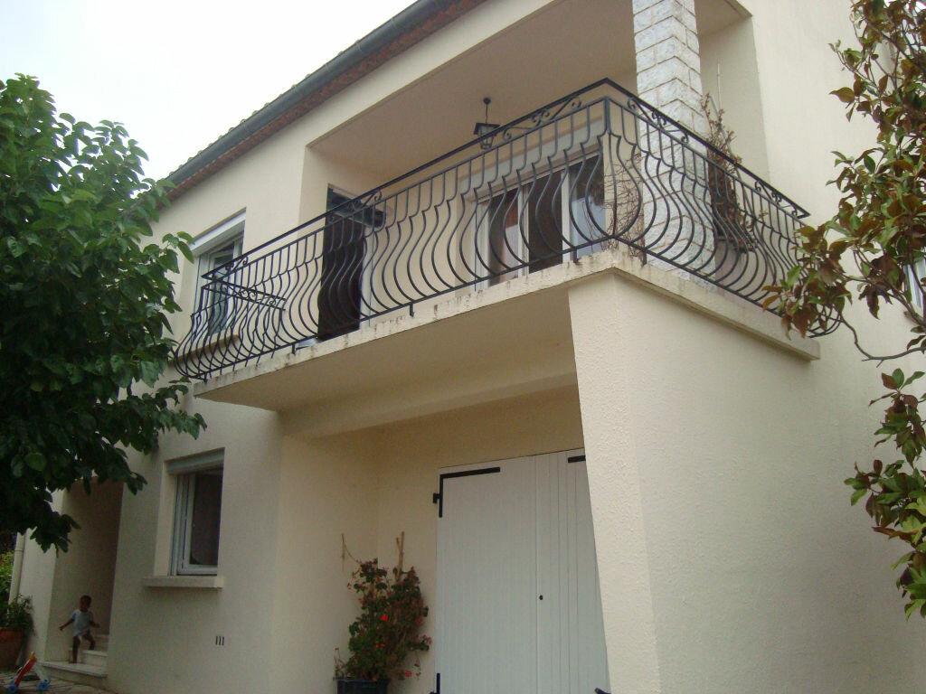 Maison à louer 5 126.6m2 à Vérargues vignette-3