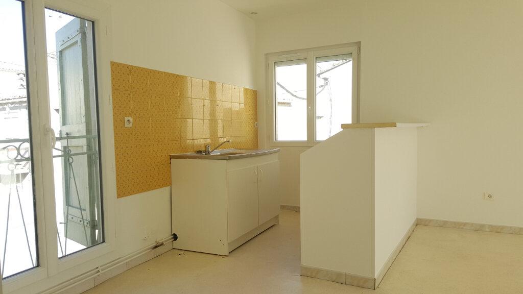 Appartement à louer 3 48.21m2 à Lansargues vignette-2