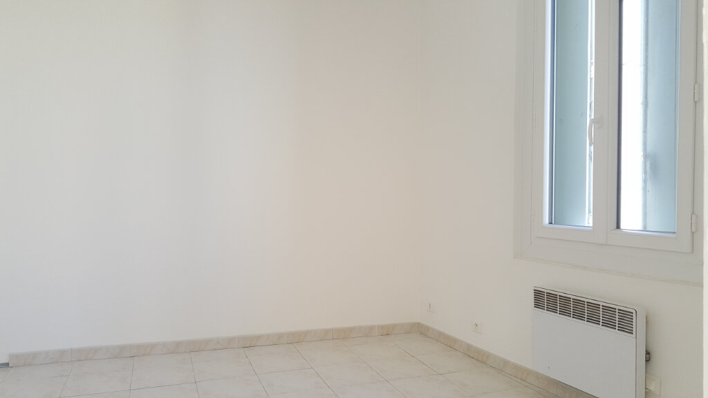 Appartement à louer 3 48.21m2 à Lansargues vignette-3