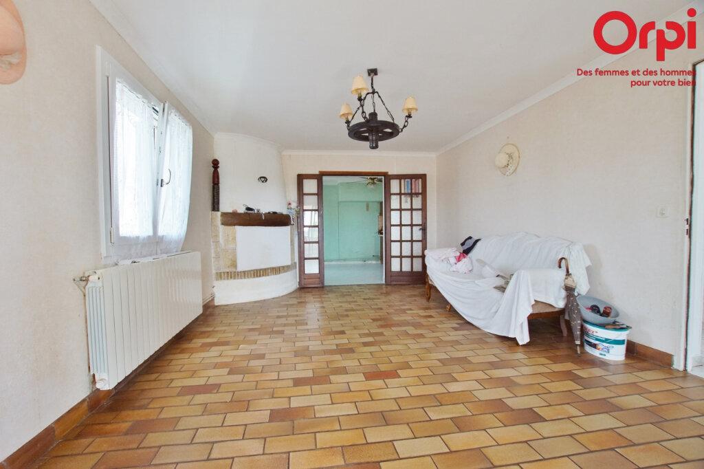 Maison à vendre 4 105.93m2 à Générac vignette-3
