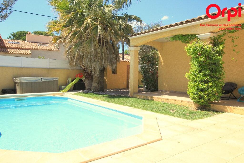 Maison à vendre 5 129m2 à Lunel vignette-2