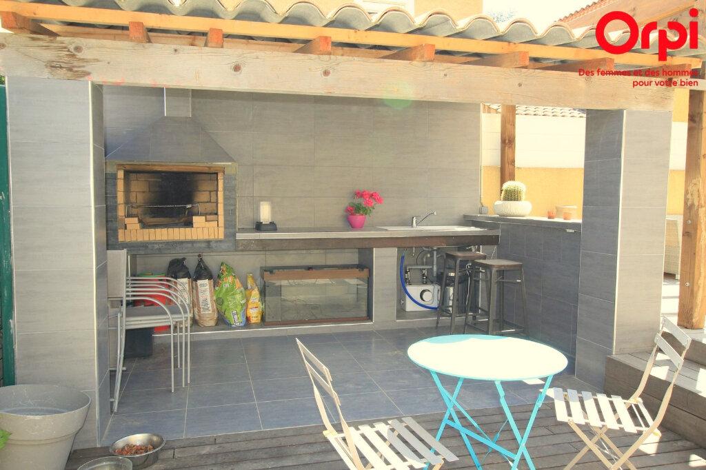 Maison à vendre 5 129m2 à Lunel vignette-4