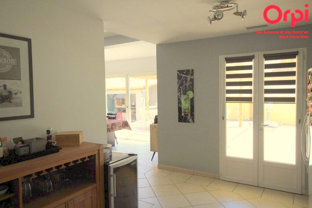 Maison à vendre 5 129m2 à Lunel vignette-7