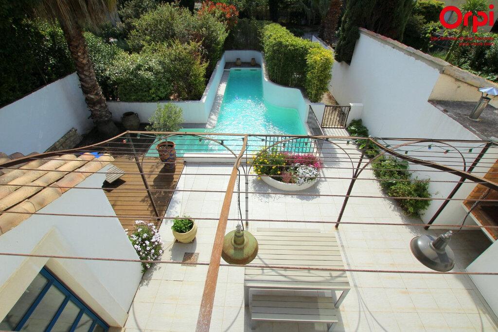 Maison à vendre 5 160m2 à Lunel vignette-2