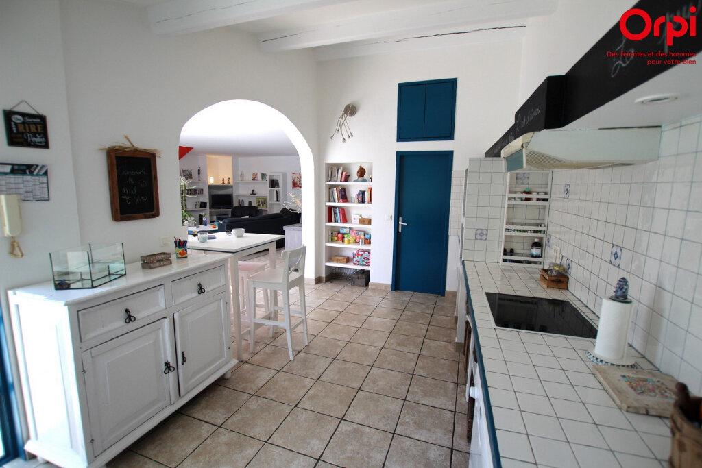 Maison à vendre 5 160m2 à Lunel vignette-5