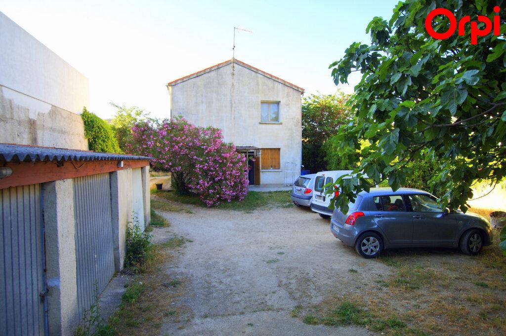 Maison à vendre 7 131m2 à Vergèze vignette-3