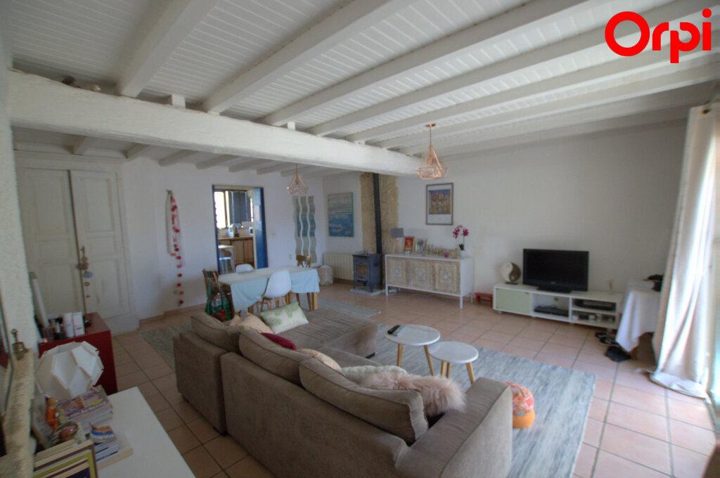Maison à vendre 4 110m2 à Vergèze vignette-1