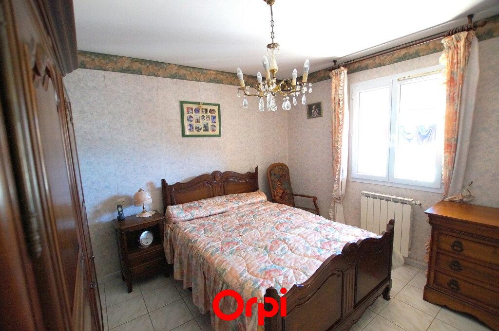 Maison à vendre 4 113m2 à Codognan vignette-3