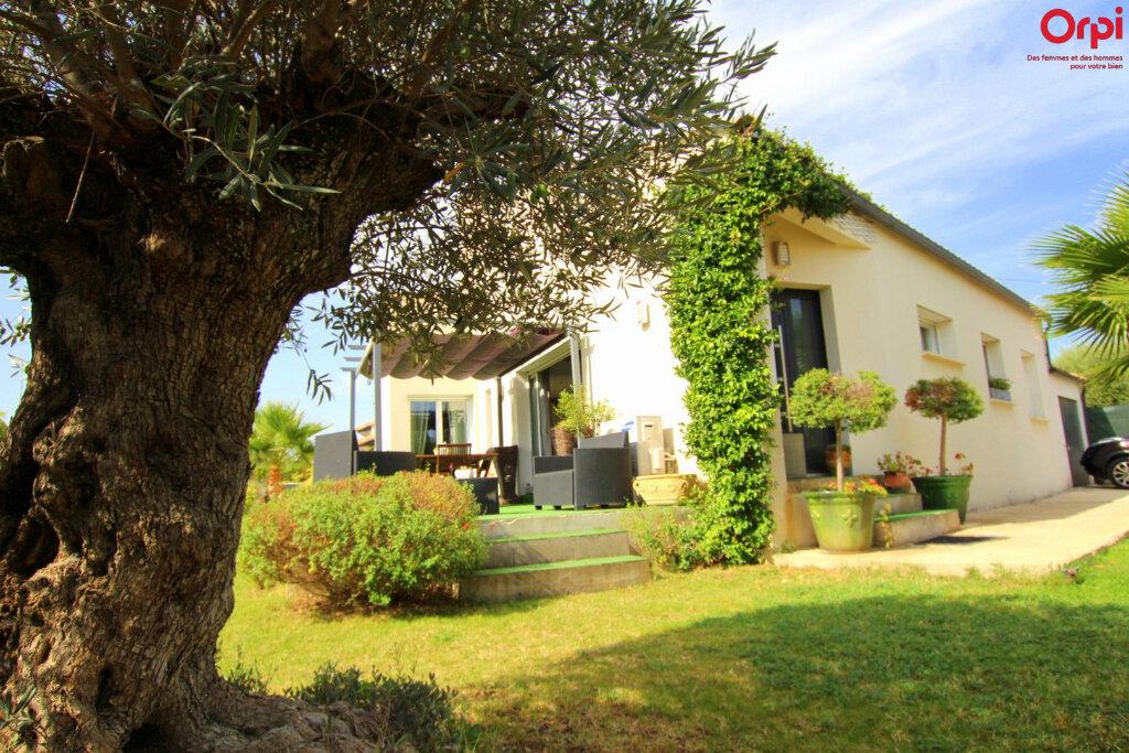Maison à vendre 4 127m2 à Lunel vignette-1