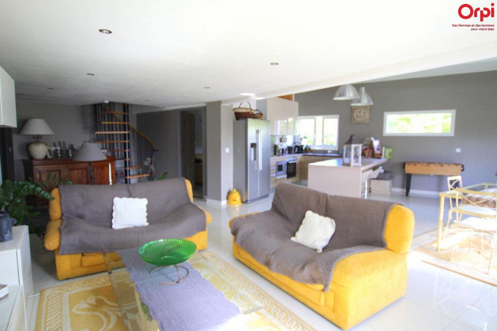 Maison à vendre 4 127m2 à Lunel vignette-6