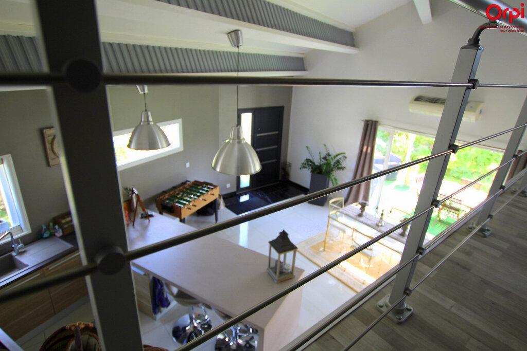Maison à vendre 4 127m2 à Lunel vignette-7