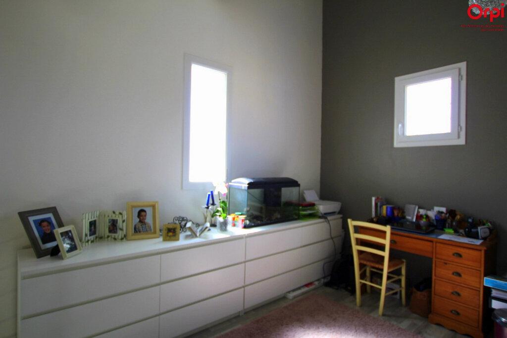 Maison à vendre 4 127m2 à Lunel vignette-11
