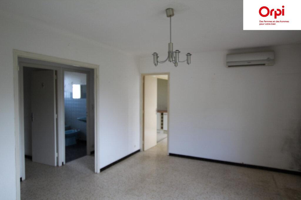 Maison à vendre 6 130m2 à Lunel vignette-11