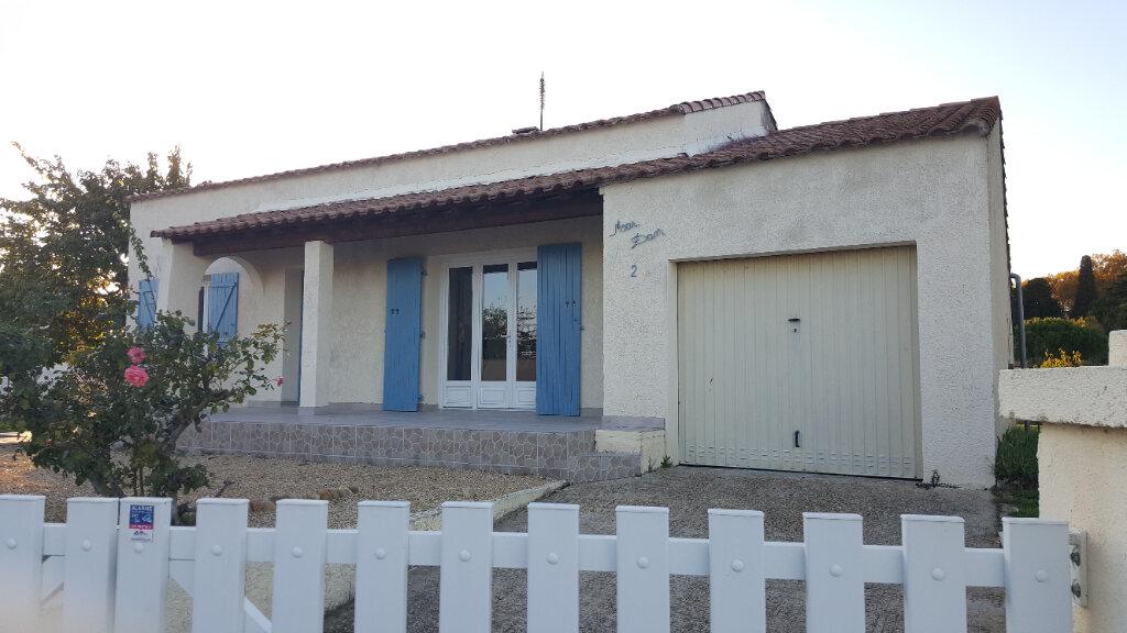 Maison à louer 5 99m2 à Aimargues vignette-1
