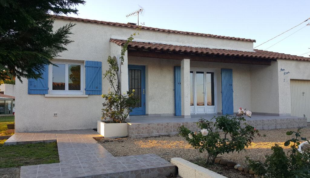 Maison à louer 5 99m2 à Aimargues vignette-2