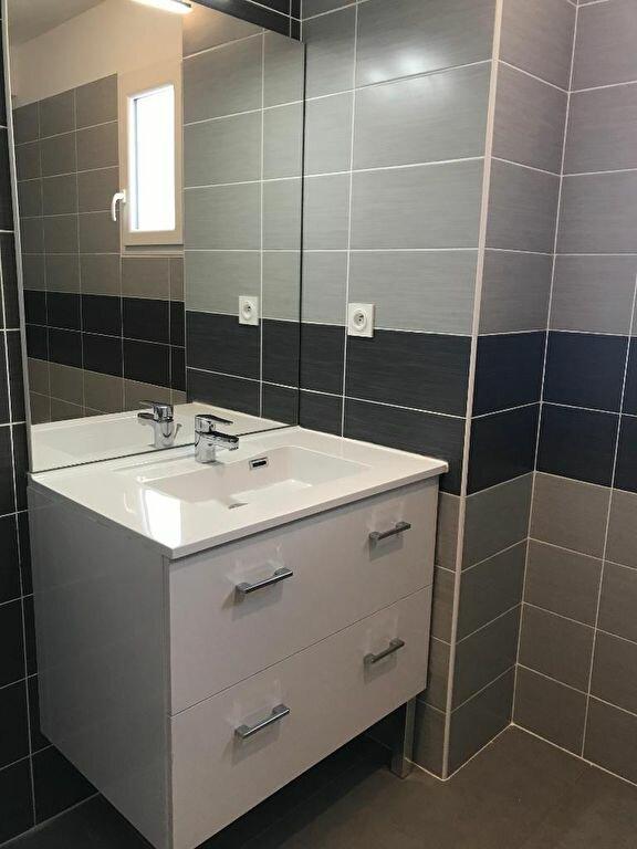 Appartement à louer 1 25.95m2 à Caissargues vignette-4