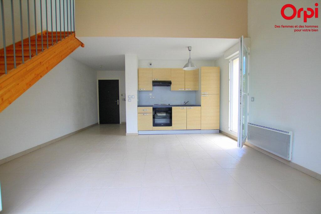 Appartement à louer 2 39.42m2 à Lunel vignette-1