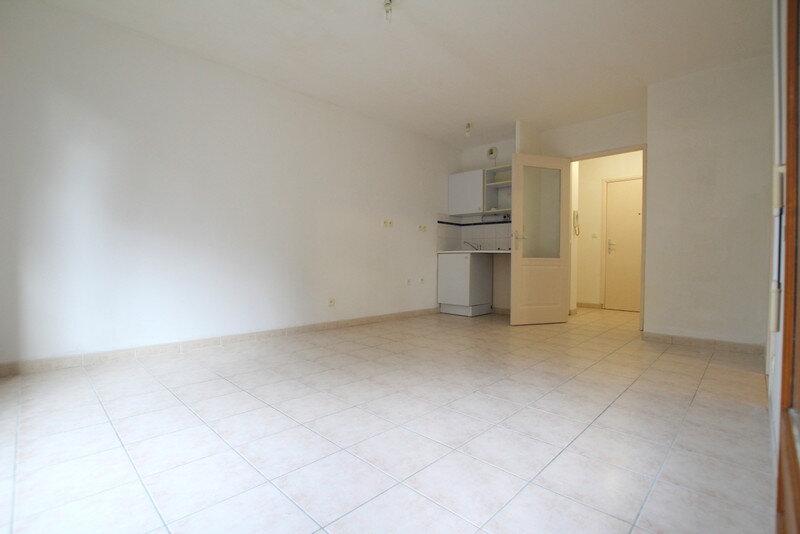 Appartement à louer 2 35.92m2 à Lunel vignette-3