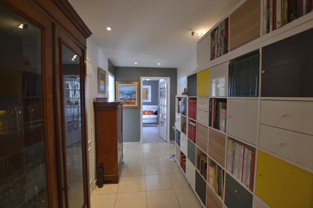 Appartement à vendre 3 93m2 à Antibes vignette-8